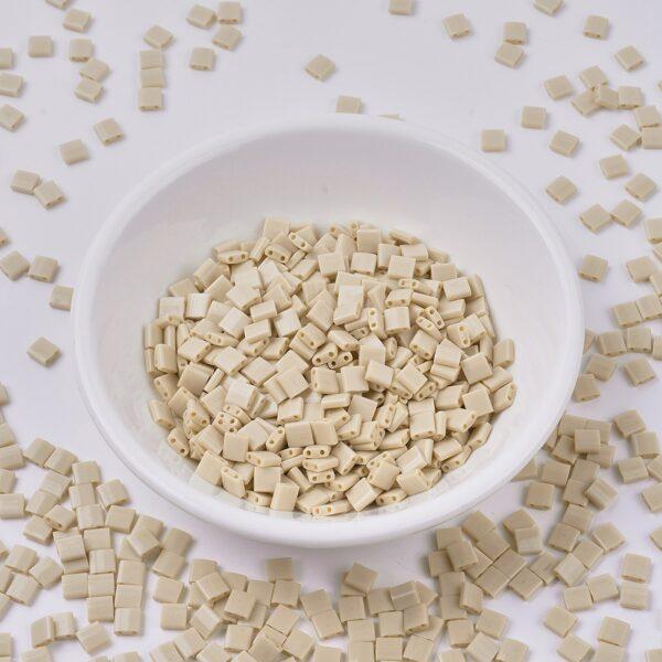 485bde868d24ff507dae64753ff05c4b MIYUKI TL493 TILA Beads - Opaque Pear Seed Beads, 50g/bag