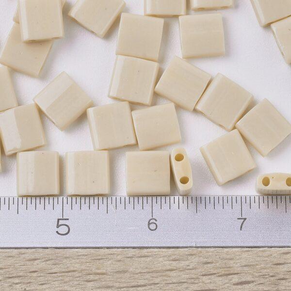 63e77a162ee6d9669754d94e658187c6 MIYUKI TL493 TILA Beads - Opaque Pear Seed Beads, 50g/bag