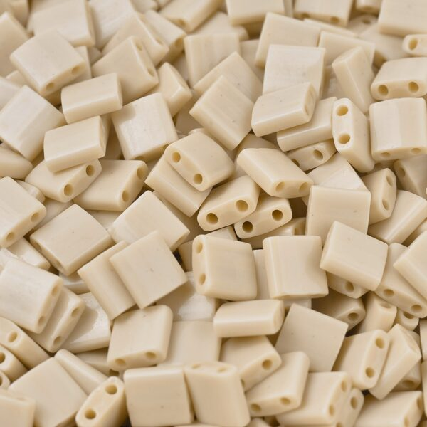 8924cbf3a9ce8220a80bc5d232d7b466 MIYUKI TL493 TILA Beads - Opaque Pear Seed Beads, 50g/bag