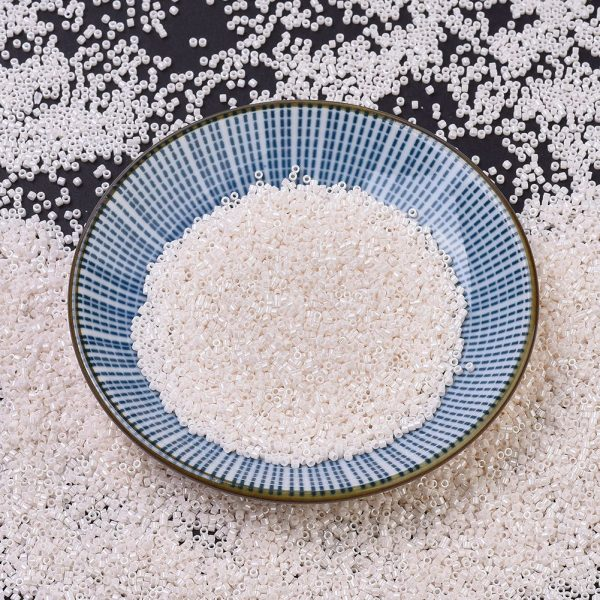 SEED J020 DB1530 MIYUKI Delica Beads 11/0, (DB1530) Opaque Bisque White Ceylon, 1.3x1.6mm, Hole: 0.8mm; about 2000pcs/10g