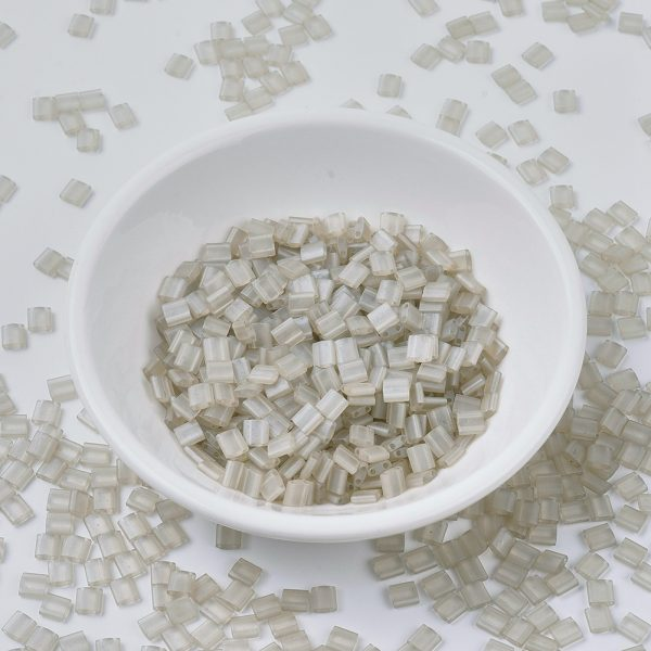 X SEED J020 TL3173 MIYUKI TILA TL3173 Matte Transparent Oyster Luster Seed Beads, 10g/Tube